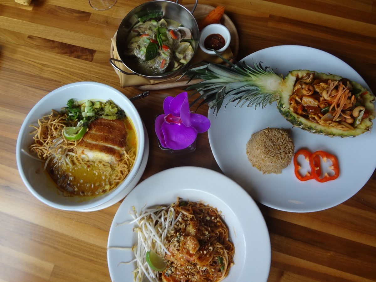 Restaurant: 26 Thai Kitchen & Bar